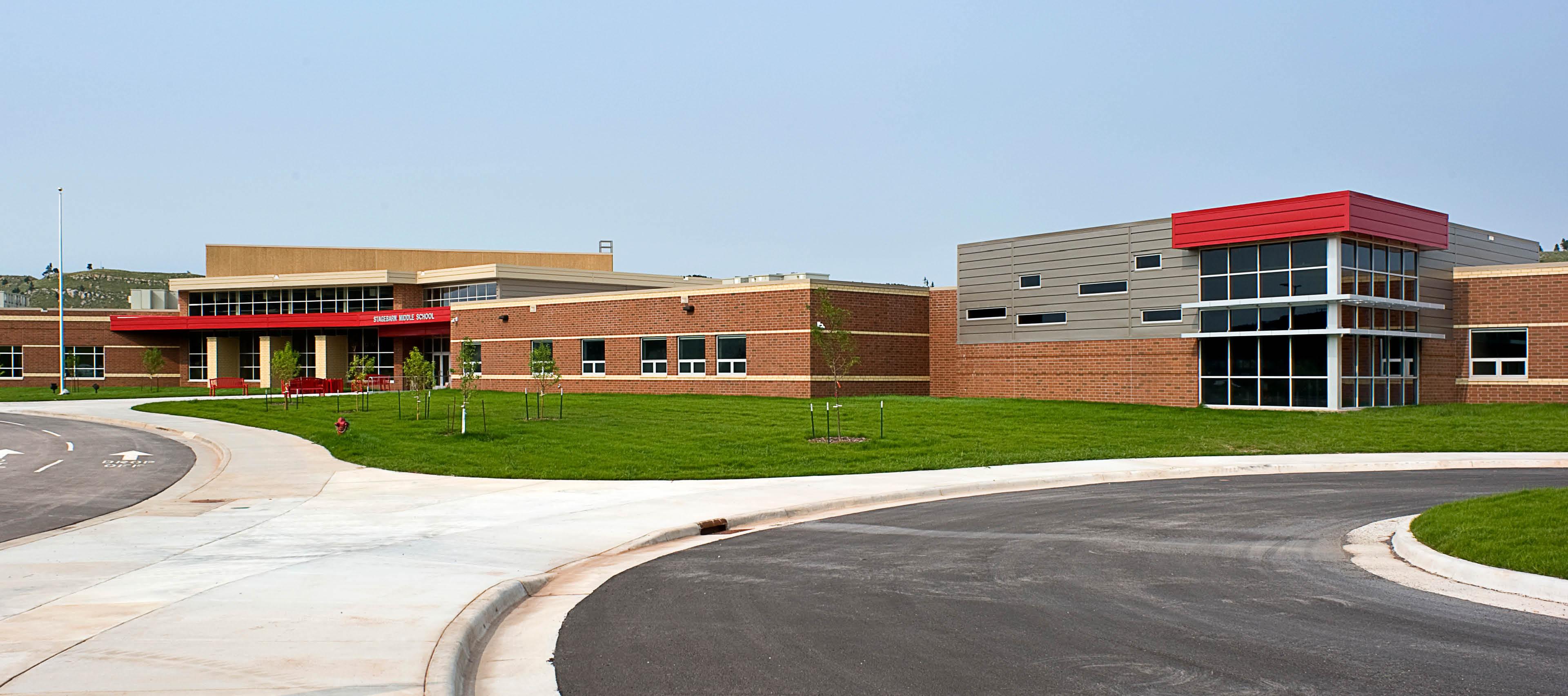 Stagebarn School
