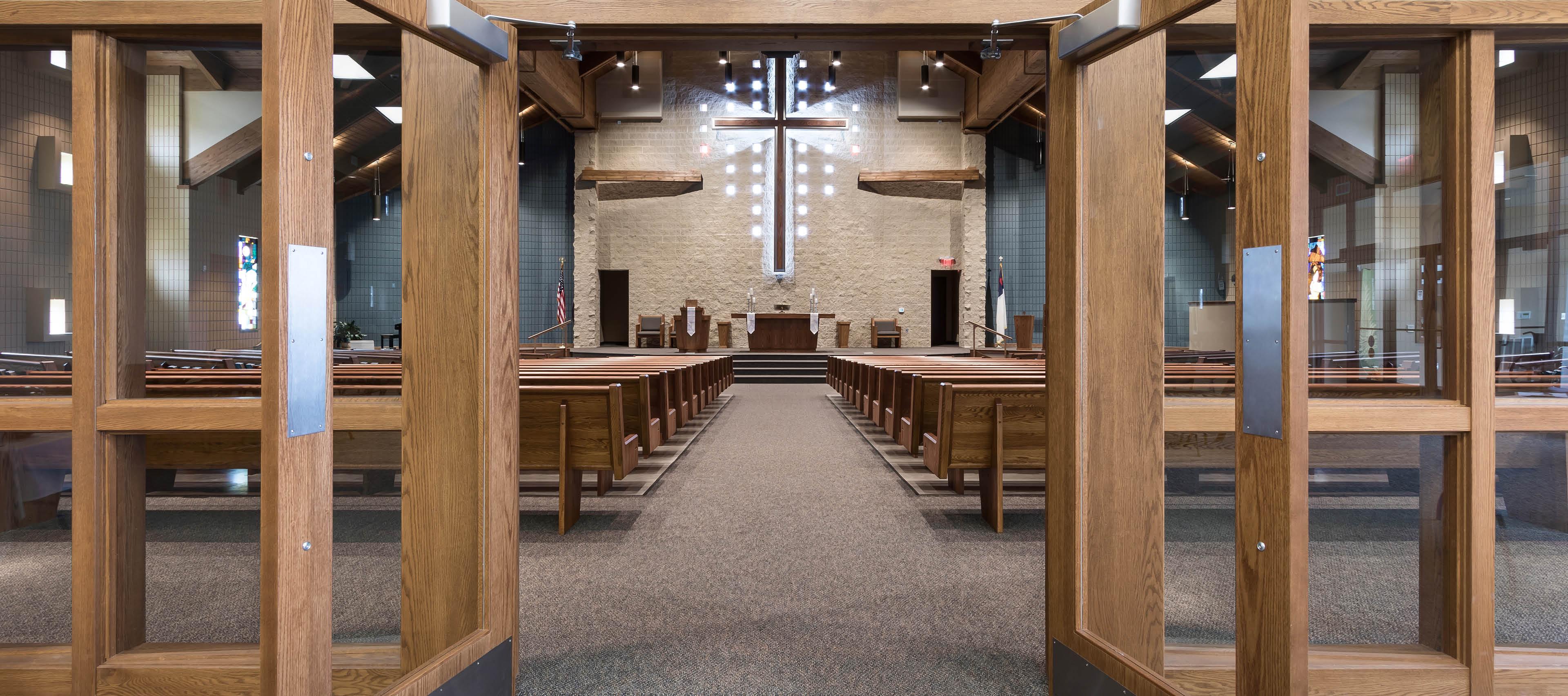 Hosanna Lutheran inner view